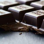 チョコレートの美容効果・健康効果【スキンケアカウンセラー/薬剤師が解説】